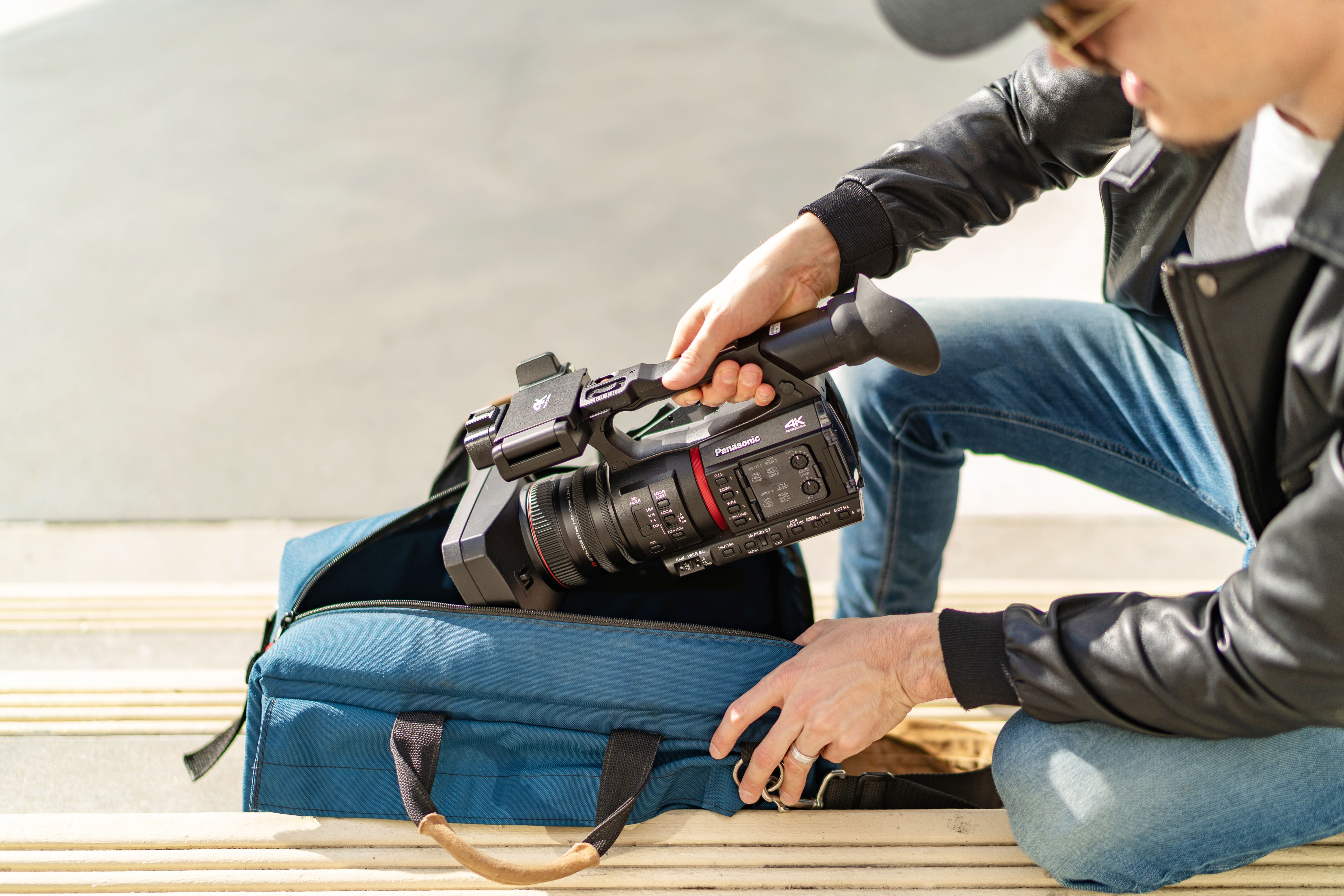 compact portable 4k camcorder lightweight panasonic CX350