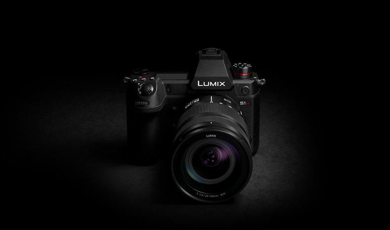 Panasonic LUMIX S1H Cinema Camera best low light camera with cinematic full frame sensor