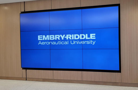 panasonic-professional-display-embry-riddle-aeronautical-university-erau-case-study-image-3