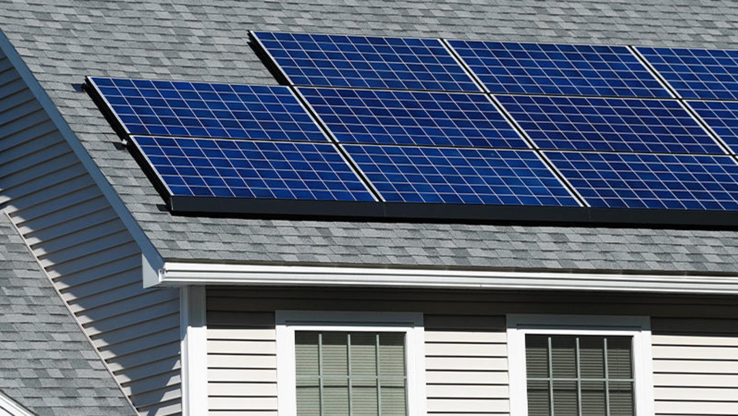 Green Living - California Leads in Net - Zero Homes
