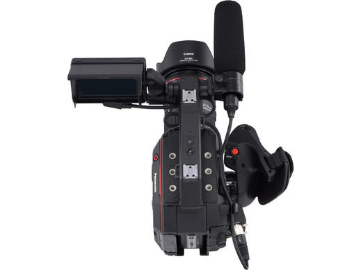 5.7K Super 35 Handheld Cinema Camera