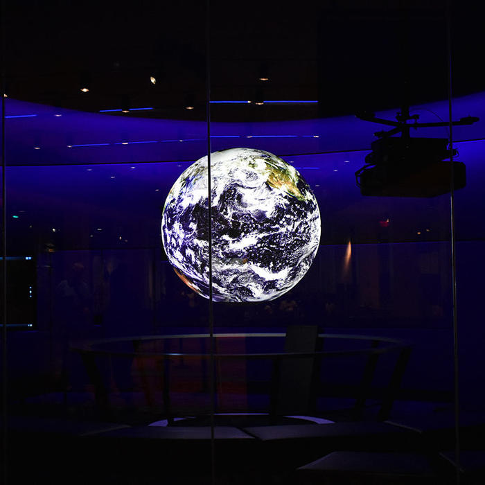 panasonic-liberty-science-center-case-study-image-globe