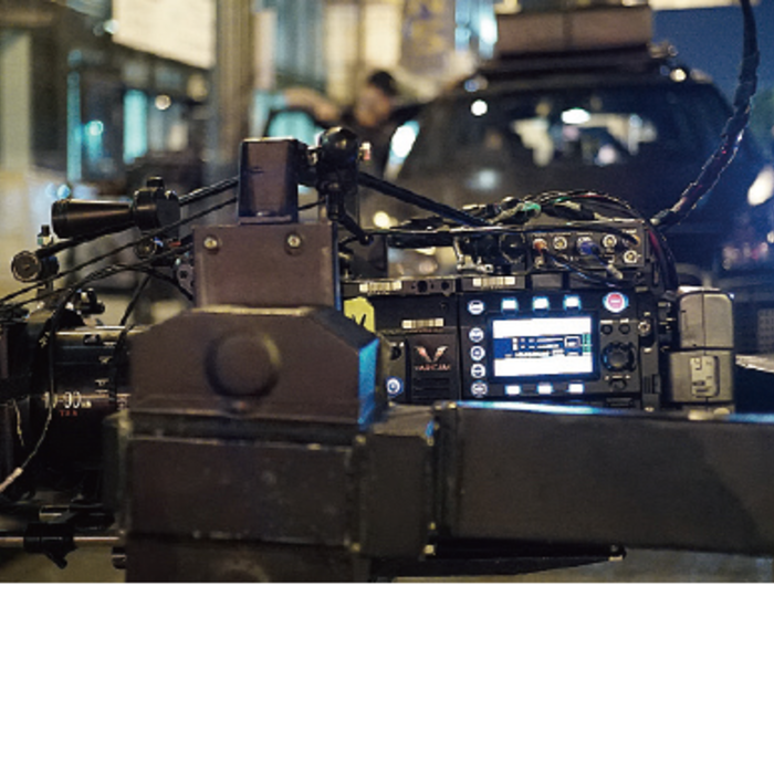 most reliable cinema camera with robust camera body build and solid design for challenging sets