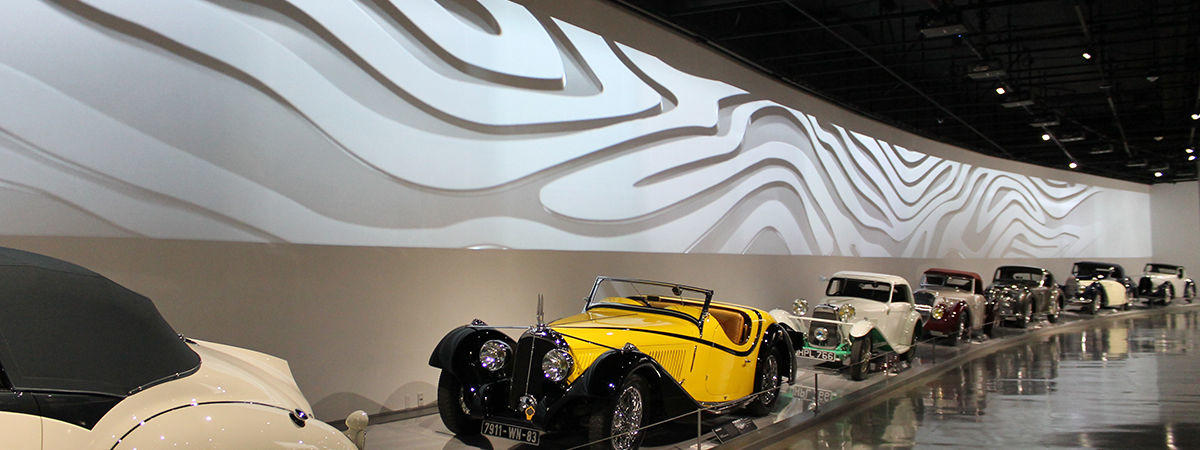 panasonic-case-study-petersen-automotive-museum-installs-projectors-and-displays-hero-image