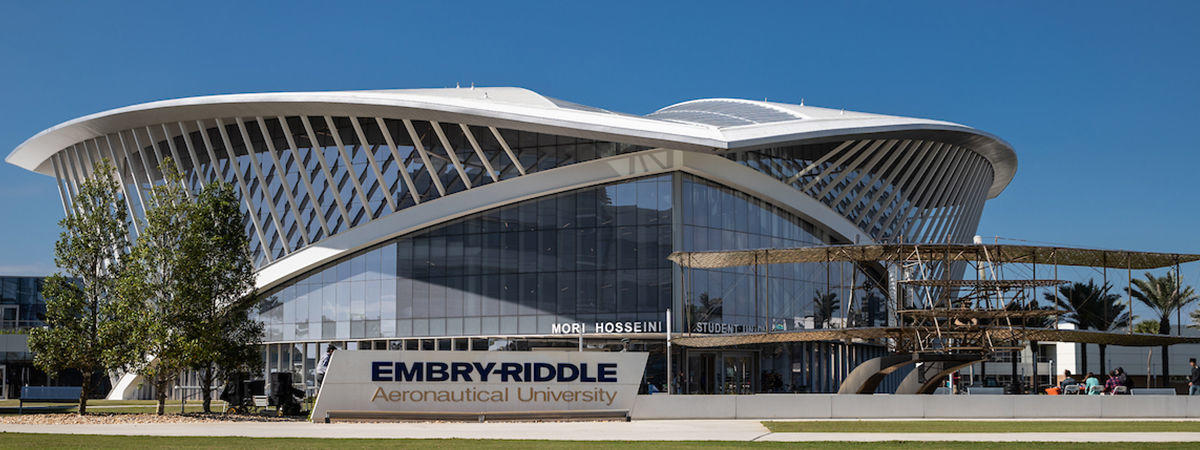 panasonic-professional-display-embry-riddle-aeronautical-university-erau-case-study-hero-image